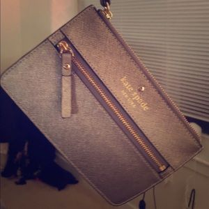 Kate Spade new w/o tags cute silver wristlet